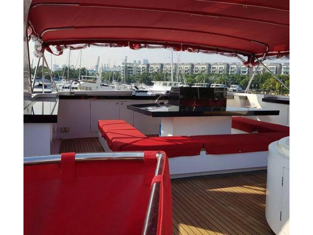 SG Yacht Charters PTE LTD