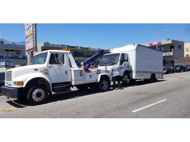 Towing Service On Call in Singapore